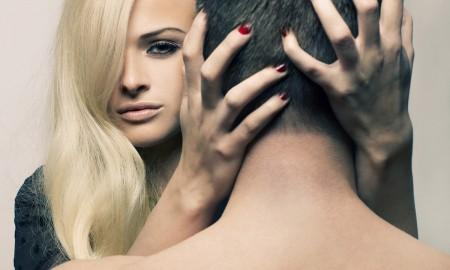 5 признаков того, что она тебя хочет