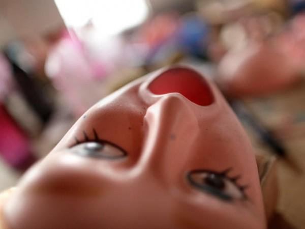 На китайской фабрике по производству секс-кукол. Фото №2