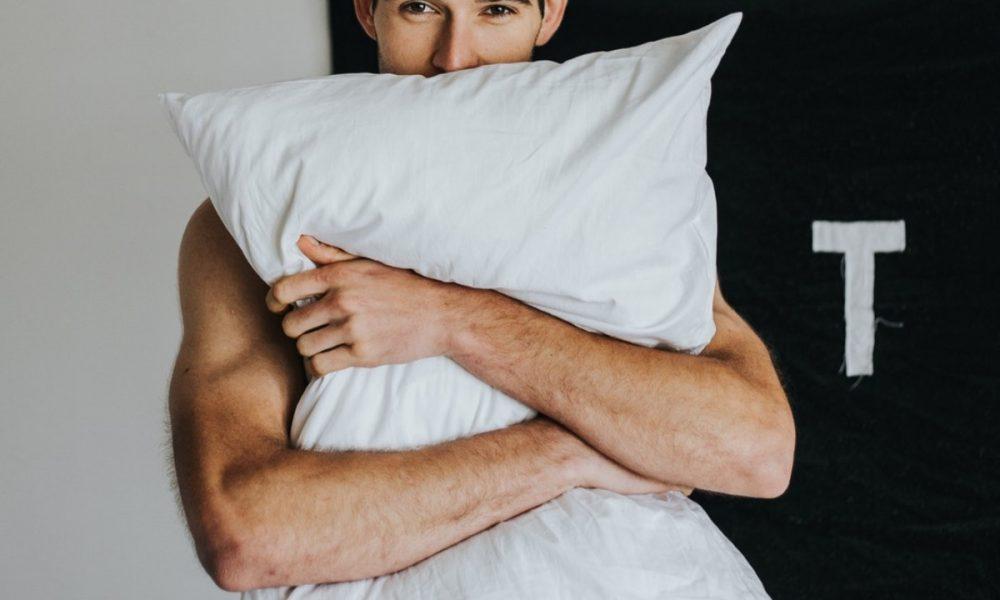 Мужчина в сексе: 5 главных женских заблуждений
